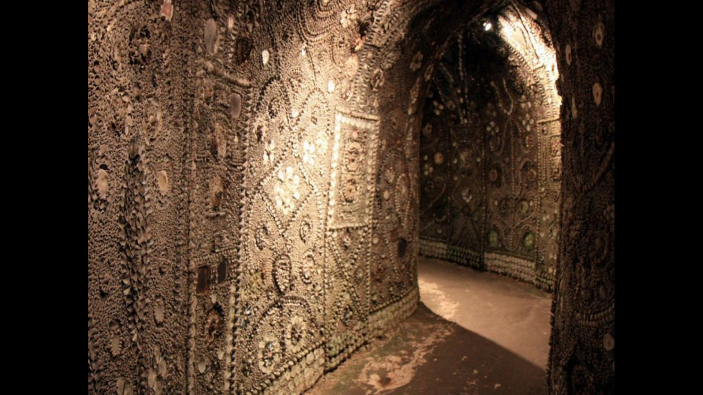 grotte aux coquillages