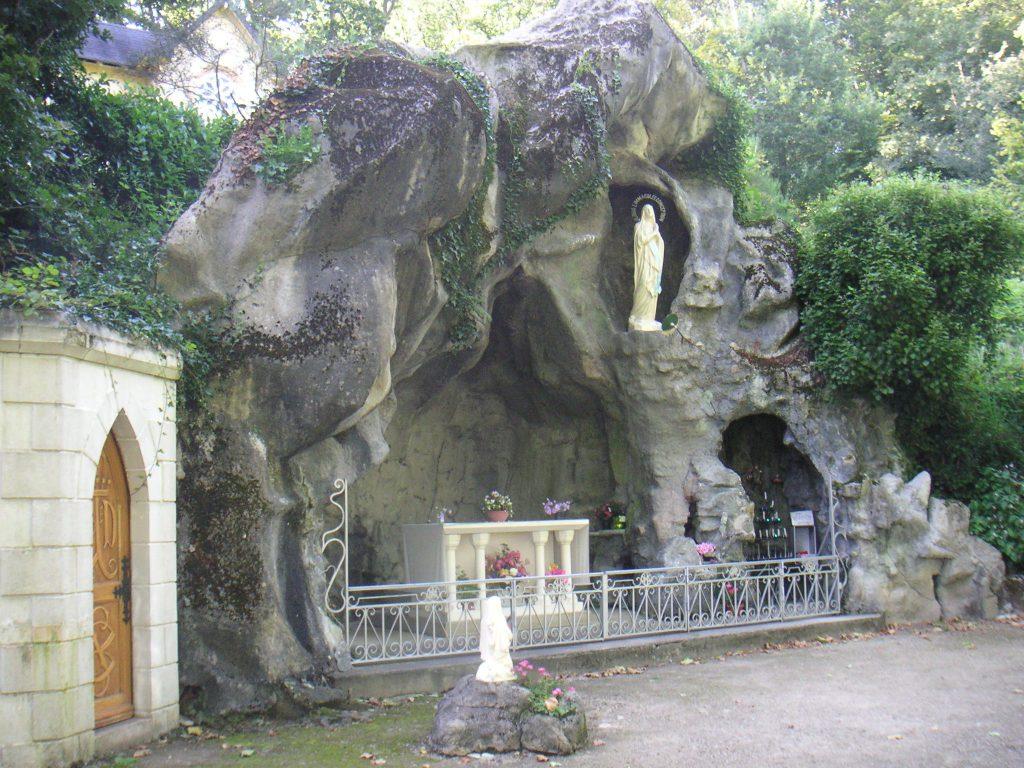 Grotte de Bion